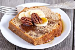 Banana Pecan loaf cake Royalty Free Stock Images