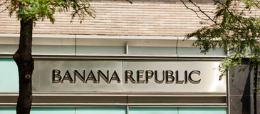 Banana Republic danar lagret i den 5th avenyn i NYC Royaltyfria Bilder