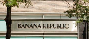 Banana Republic forma a loja na 5a avenida em NYC Imagens de Stock Royalty Free