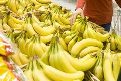 Bananas em um mercado Fotos de Stock Royalty Free