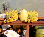 Bananas and mangoes in the market Stock Photography