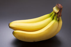 Banane gialle mature Fotografia Stock Libera da Diritti