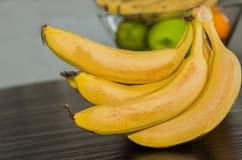 Bananen bär frukt bakgrund Royaltyfri Foto
