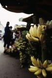 Bananen bij markt Phnom Penh, Kambodja Stock Fotografie