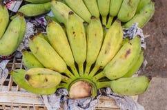 Bananen marknadsför in Arkivbilder