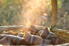 Bananen met Kleverige Rijst Khao Tom Mat stock fotografie