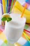 Bananen-Milchshake Lizenzfreie Stockbilder