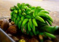 Bananen op Steel stock afbeeldingen
