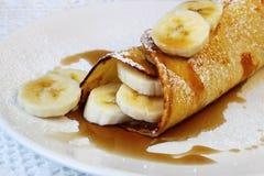 Bananen-Pfannkuchen lizenzfreie stockbilder