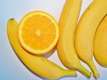 Bananen und Orangen Lizenzfreies Stockbild