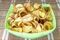 Bananenscheibe knusperig mit Karamell stockbilder