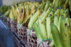 Bananer i marknadsföra Royaltyfri Foto