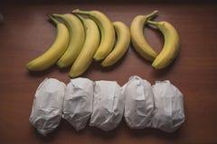 Bananer och smörgåsar Arkivfoton