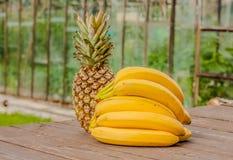 Bananowy ananasa set Zdjęcia Royalty Free