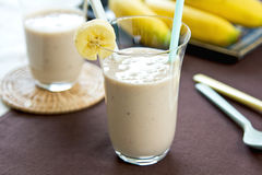 Bananowy smoothie obrazy royalty free