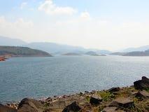 Banasura Sagar水坝-最大的土坝在印度, Wayanad,喀拉拉 库存照片