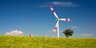 banatka śródpolny turbinowy wiatr Zdjęcia Royalty Free