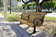 Banc de détente le long de Galt Ocean Mile Photo stock