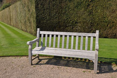 Banc anglais de jardin photos stock inscription gratuite for Banc de jardin anglais