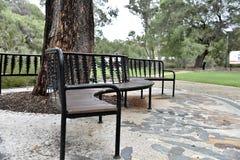 Banc de parc à reposer dessus Photo libre de droits