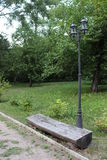 Banc du tronc de l'arbre Photo stock