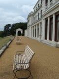 Banc en parc à Londres Images stock