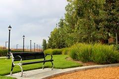 Banc en parc Photos libres de droits