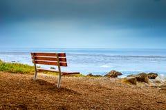 Banc sur la baie Photographie stock libre de droits