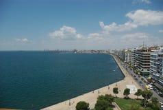Banc sur la plage grecque photo libre de droits