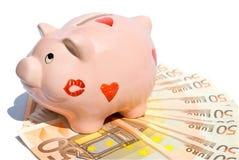 Banca Piggy con cinquanta euro note Fotografie Stock Libere da Diritti