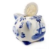 Banca Piggy con l'euro moneta Immagine Stock Libera da Diritti