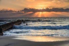 Banche esterne North Carolina della spiaggia di alba di paesaggio Fotografia Stock Libera da Diritti