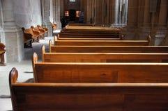 Banchi di chiesa Immagini Stock Libere da Diritti