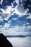 Banchi di nebbia nelle alpi tedesche Fotografia Stock Libera da Diritti