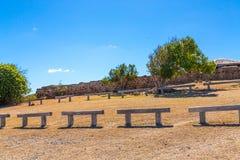 Banchi di pietra sull'Antigua Immagini Stock