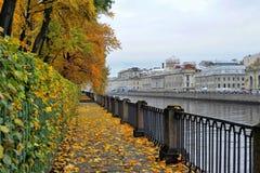 Banchina di autunno fotografia stock libera da diritti