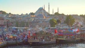 Banchina di Eminonu a Costantinopoli archivi video