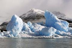 Banchisa galleggiante di ghiaccio immagine stock