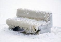 Banco coperto di ghiaccio Immagini Stock