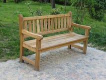 Banco de madeira em um parque Imagem de Stock Royalty Free