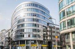 Banco de Raiffeisen en Varsovia Imagenes de archivo