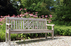 Banco del giardino fotografia stock libera da diritti