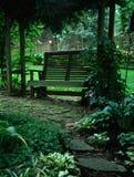 Banco del jardín Fotos de archivo libres de regalías