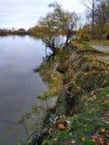 Banco del río Foto de archivo libre de regalías