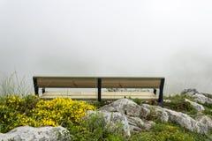 Banco della montagna fotografia stock