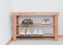 Banco delle scarpe Fotografia Stock Libera da Diritti