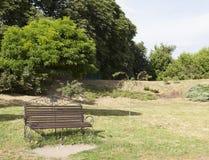 Banco en el parque Fotos de archivo