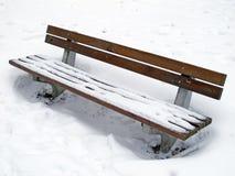 Banco en invierno Foto de archivo libre de regalías