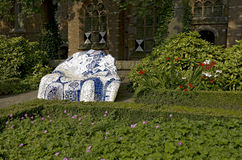 Banco nel giardino del Het Prinsenhof fotografie stock