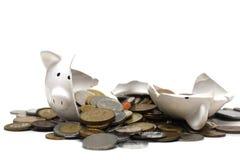 Banco Piggy quebrado (no branco) Imagens de Stock Royalty Free